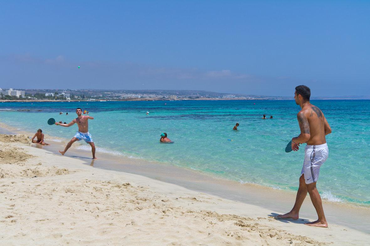 Фото пляжа фиг три протарас 25